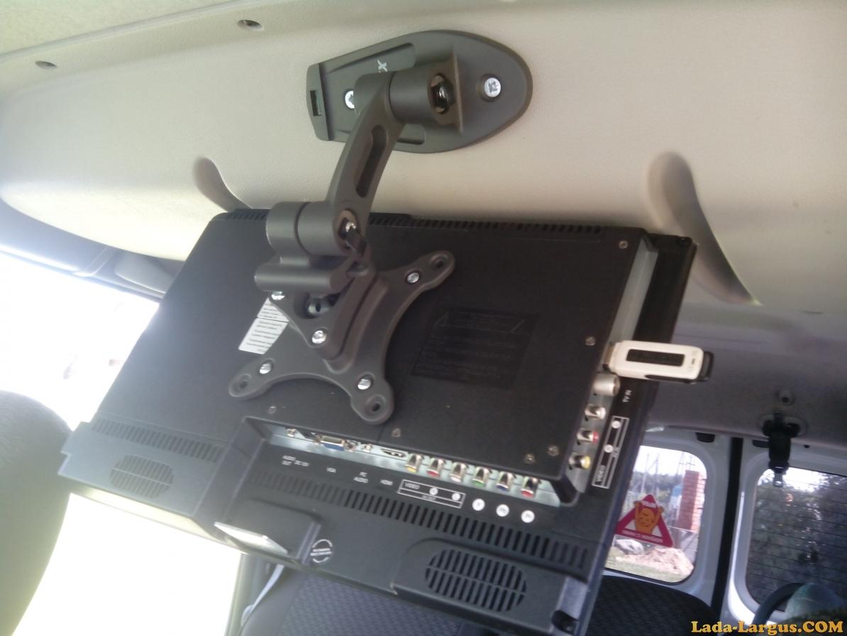 Как установить телевизор на потолок автомобиля своими руками 596