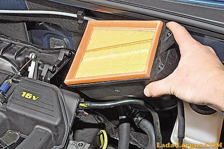 Как поменять воздушный фильтр на рено